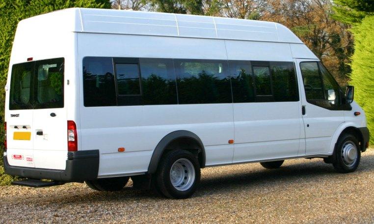 Ford Transit 17 Seat Minibus redkite-minibuses.com