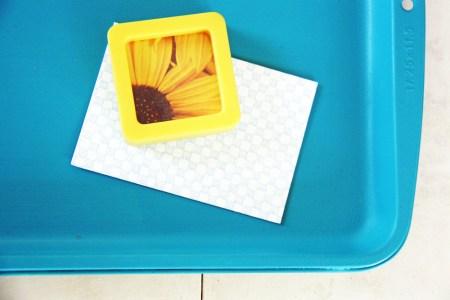 Baking Sheet Magnet Board | redleafstyle.com
