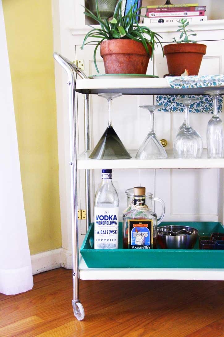 Vintage bar cart   redleafstyle.com