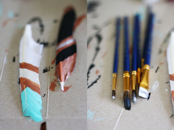 DIY Painted Feathers | redleafstyle.com