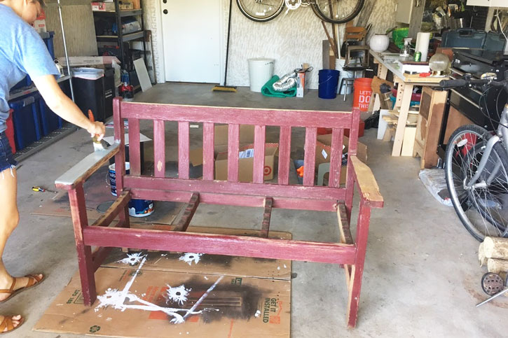 Before & After: Wooden Bench Makeover - Red Leaf Style