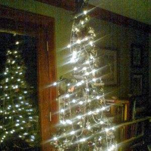 Frosty Friends Christmas Tree