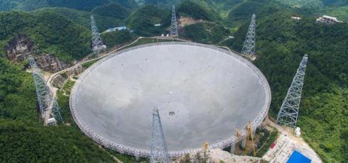 China finishes assembling world's largest radio telescope