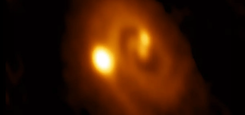 Scientists discover the birth of a triple-star system