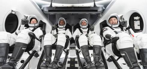 NASA Certifies Crew Dragon for Crew-1 Flight