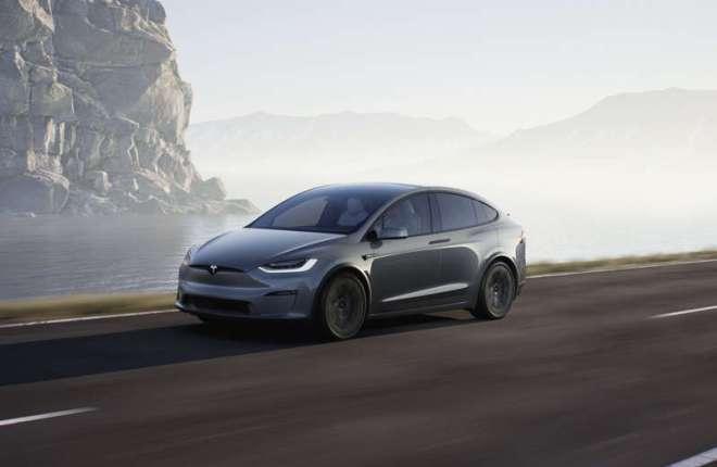 Tesla Begins Delivery of Updated Model X SUV