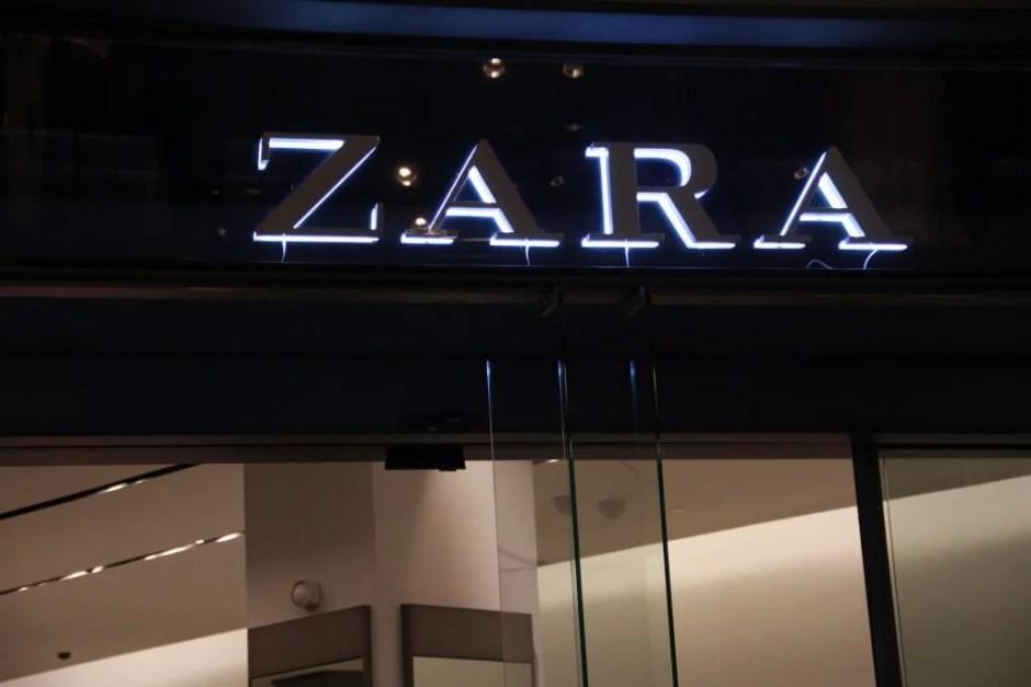 De Zara in de Kalverstraat (foto: Tess Castelijn)