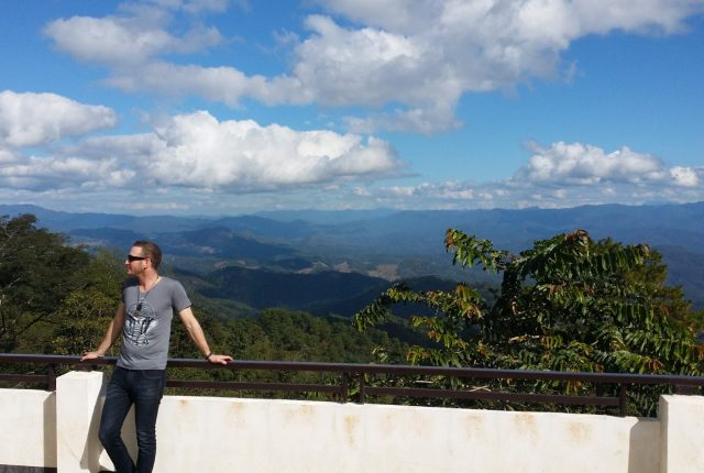 photo-of-me-at-viewpoint-in-pai