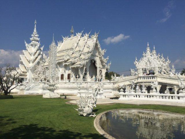 wat-rong-khun-white-temple