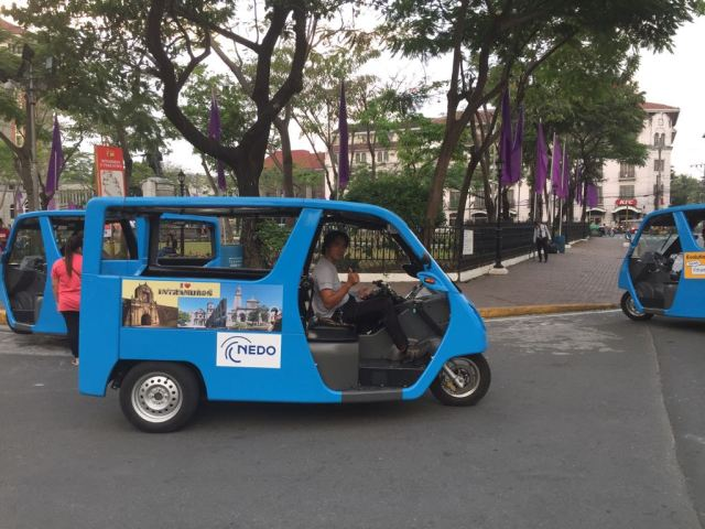 manila-streets-intramuros-makati