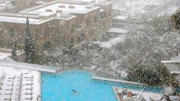 Jerusalem snowy sky