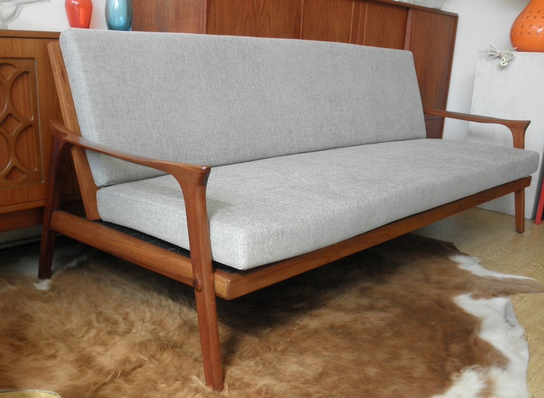 Danish Deluxe Inga Day Bed Couch In New Grey Upholstery