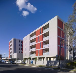 The main street facade of the Yagoona apartments shows Redshift's care in arranging the massing of the building's volumes as well as the composition of the colours, textures, window and balconies.