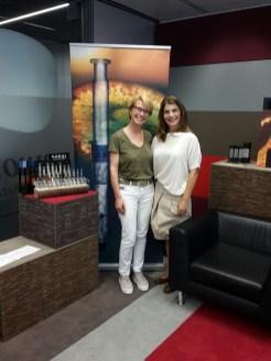 Susanne Stoll mit Sepai Geschäftsführerin Paola Gugliotta