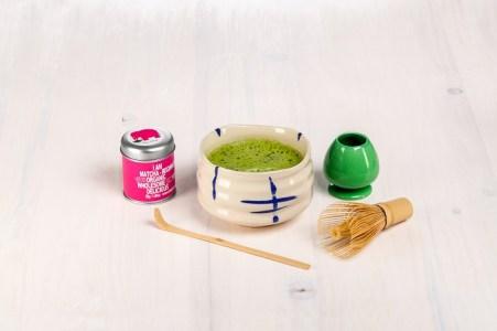 Zubehör für die Zubereitung und Bio-Matcha-Tee gibt es bei www.imogti.com