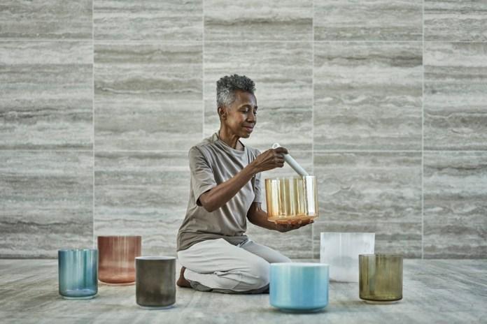 Kristallheilerin Rashida Bell lädt zum Crystal-Sound-Healing in Philadelphia im Four Seasons ein. Foto: Four Seasons