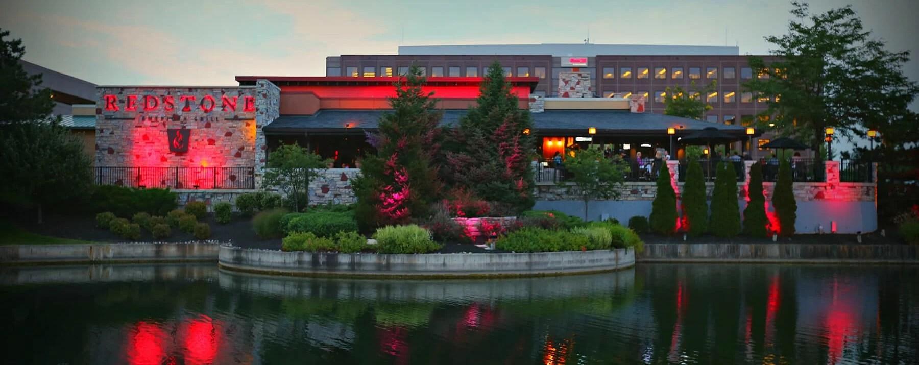 Oakbrook Terrace  Redstone Grill