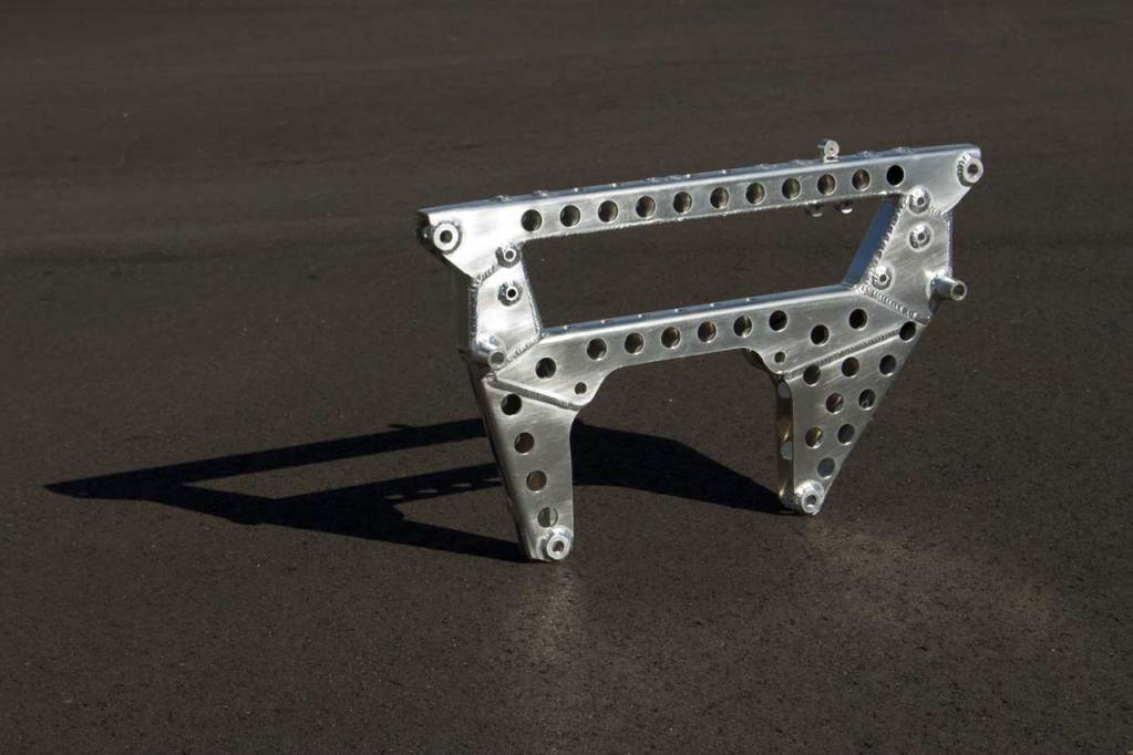redstone-alfa-romeo-t33-gearbox-mount