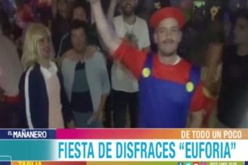 DE TODO UN POCO: FIESTA DE DISFRACES