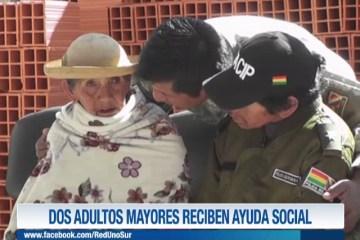 DOS ADULTOS MAYORES RECIBEN AYUDA SOCIAL