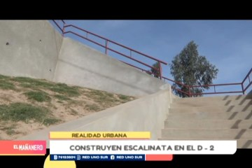 REALIDAD URBANA: ESCALINATA EN EL BARRIO NORTE B