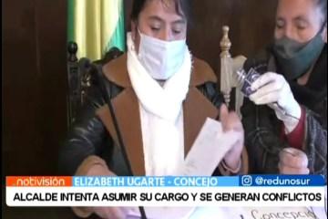 ALCALDE INTENTA ASUMIR SU CARGO Y SE GENERAN CONFLICTOS
