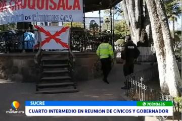 CUARTO INTERMEDIO EN REUNIÓN DE CÍVICOS Y GOBERNADOR.