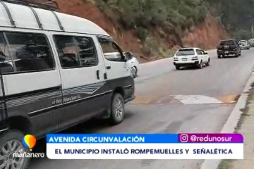 EL MUNICIPIO INSTALÓ ROMPEMUELLES Y SEÑALÉTICA EN LA AV. CIRCUNVALACIÓN