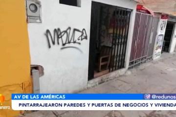 PINTARRAJEARON PAREDES Y PUERTAS DE NEGOCIOS Y VIVIENDAS
