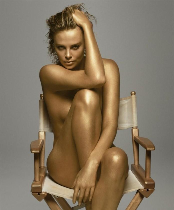 charlize-theron-hot-bikini-pic