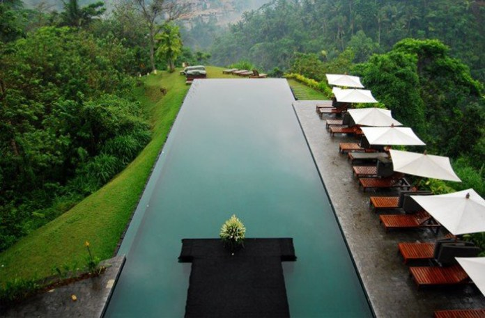 6.-Beautiful-hillside-resort-in-Bali-630x414