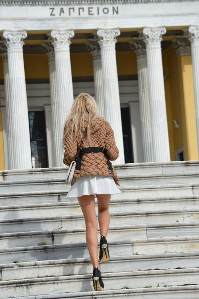 Maria-Alexandrou-White-Skirt-Zappeio-Athens-Kanoni-6