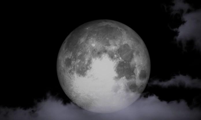 Το πιο μεγάλο και μαγικό φεγγάρι του αιώνα: Από πού θα το απολαύσετε; (video)
