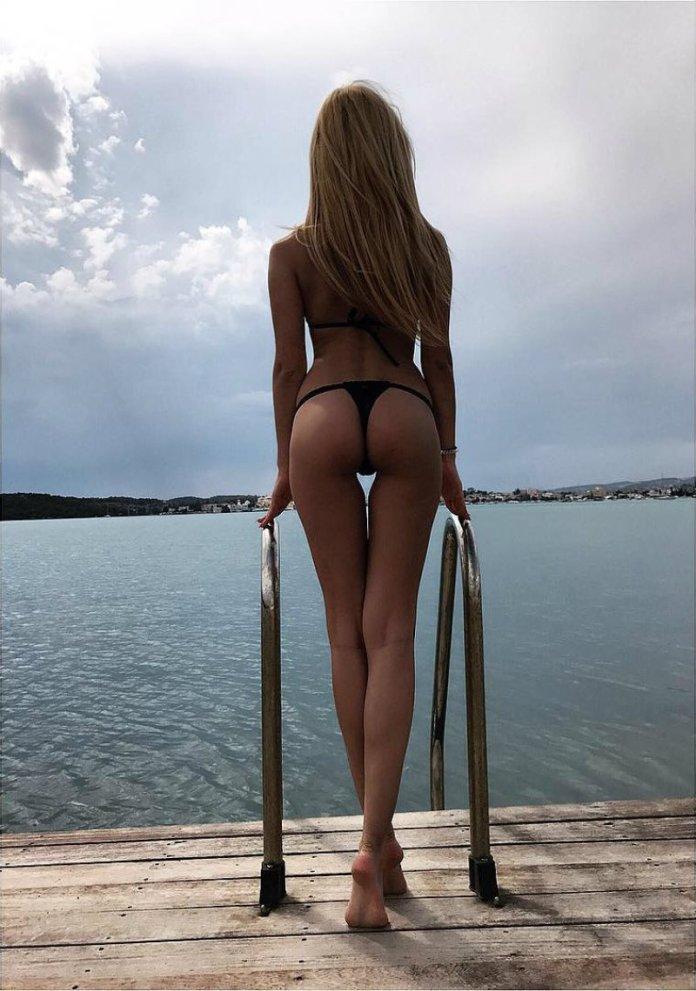 Τίνα Μελά
