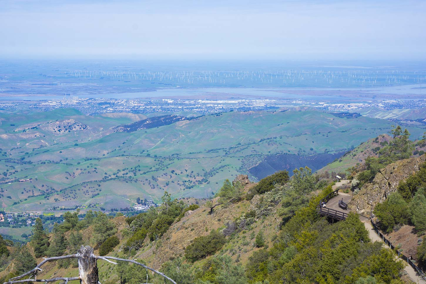 Diablo foothills is an imposing gateway to the beautiful parklands of mt diablo state park and walnut creek open space. Mount Diablo State Park