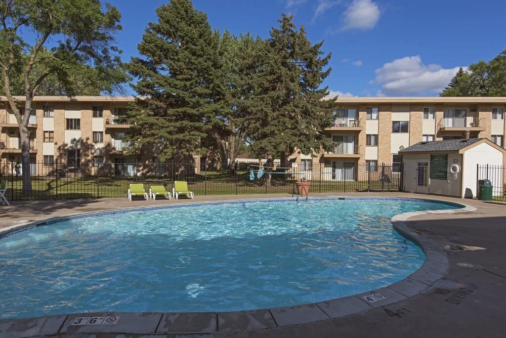 Villa Del Coronado  12 Bedroom Apartments in Brooklyn Park MN