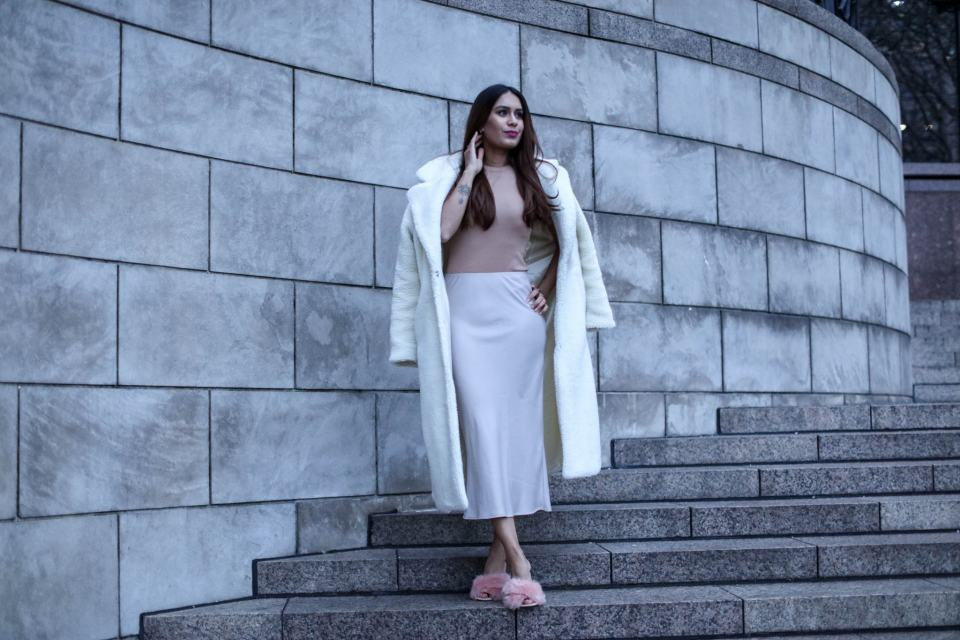 Reena Rai, Fashion Blogger, wearing Topshop and Na-kd Fashion