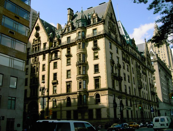 """""""The Dakota May 2005"""" by Makemake at the German language Wikipedia. Licensed under CC BY-SA 3.0 via Wikimedia Commons - https://commons.wikimedia.org/wiki/File:The_Dakota_May_2005.jpg#/media/File:The_Dakota_May_2005.jpg"""