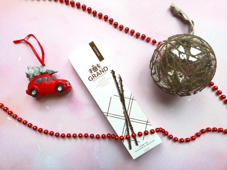 Lakeland Christmas Choc Twigs