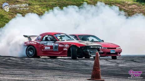 Tandem Drifting at Club Loose north