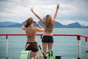 Imitating the Titanic bow scene in Thailand