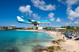 KLM Boeing 747 landing at Maho Beach
