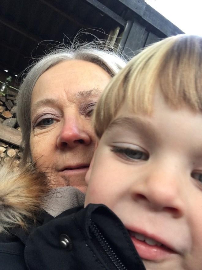 En farmor-selfie er hyggelig