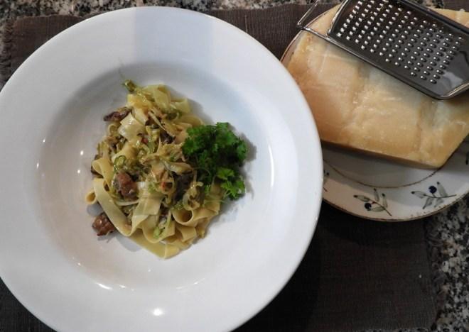 Tagliatelle med panchetta og parmesan