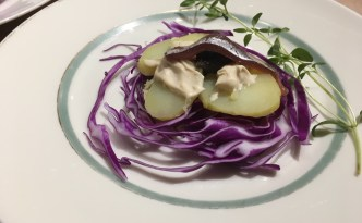 En tapas af kartofler tilsat lækre smagstilb ehør