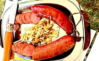 de franske pølser saucisse de Morteau og de Montbeliard