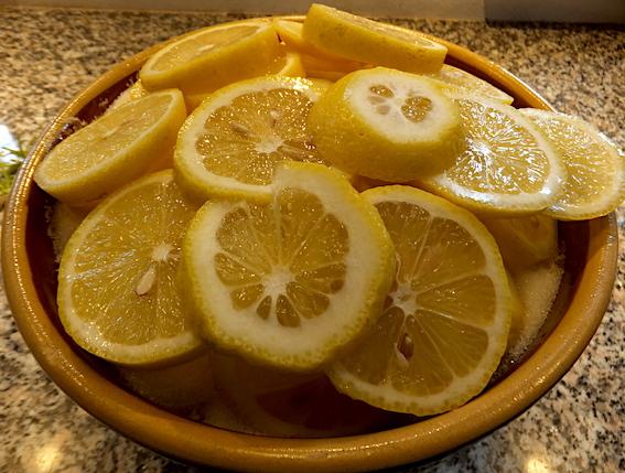 Hyldeblomster med citroner