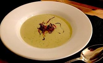 Blomkålsuppe med gulerodstopping
