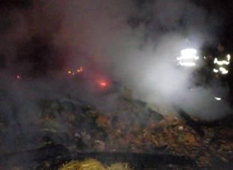 Noapte de foc la Valea Larga – pompierii au intervenit de urgenta