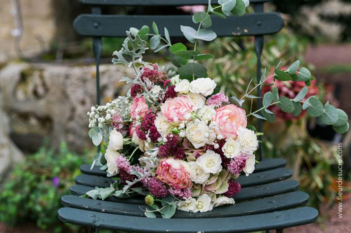 un mariage boheme retro chic reflets fleurs. Black Bedroom Furniture Sets. Home Design Ideas